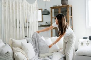5 Benefits of Shopping Consignment